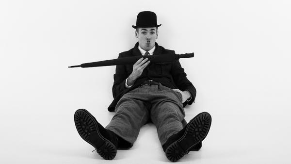 Смотри вместе с Ostriv: Чарли Чаплин