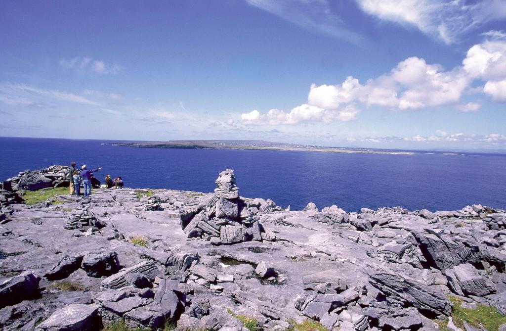 туристы на островах Ирландии