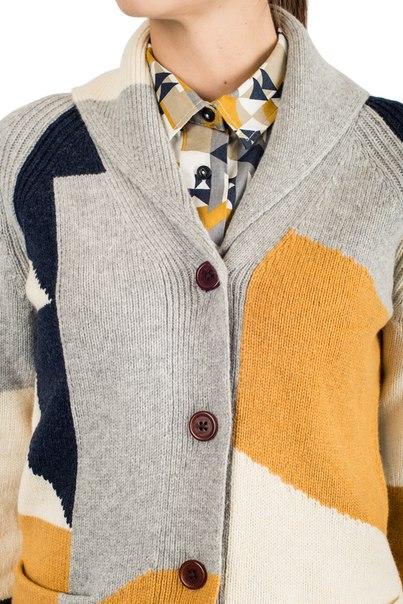shawl-collar-woman